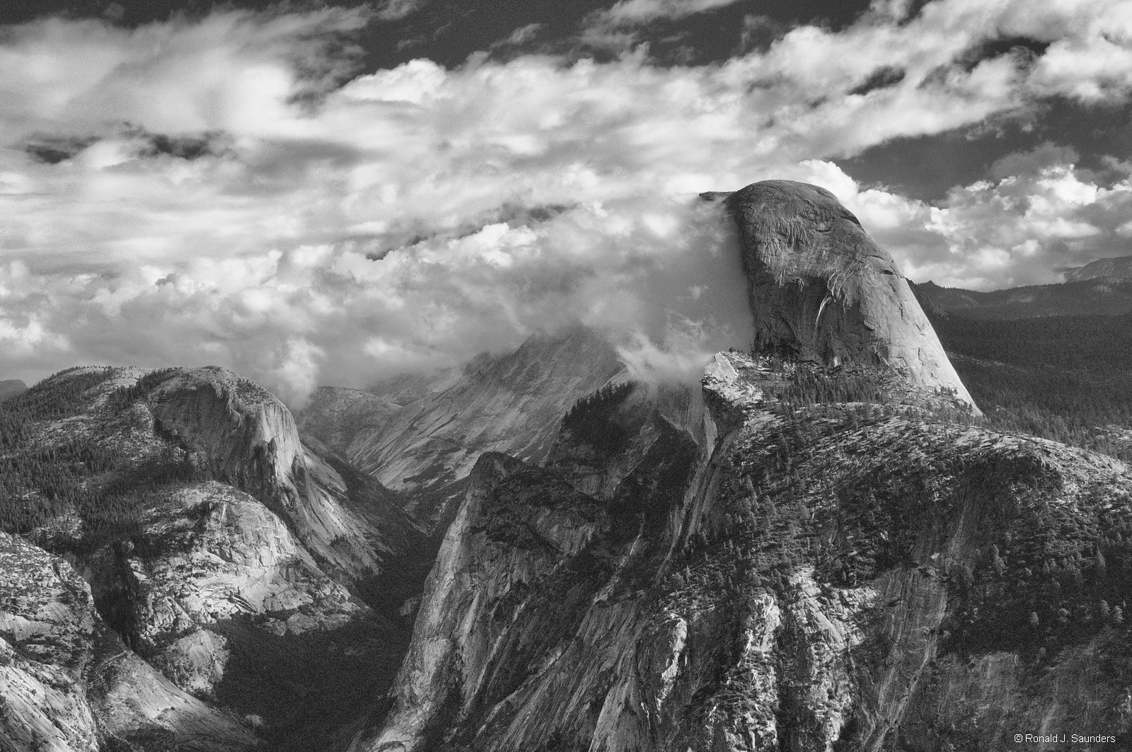 clouds, yosemite, half dome, B&W, landscape, ron, ron saunders, ronald, ronald j saunders, prints , photo