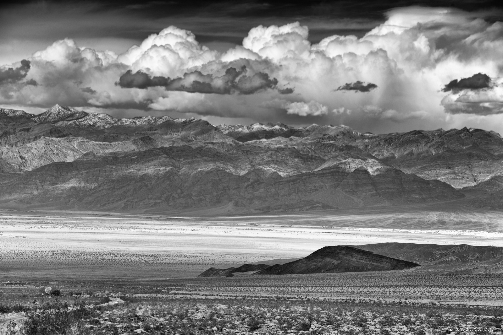 Ronald, desert, death valley, national, park, wells stove, pipe, dunes, clouds, amargosa, mountains, black, white, California, nevada, photo