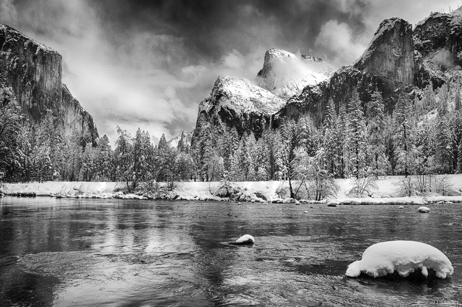 yosemite, black, white, ron, ronald, saunders, snow, winter,valley, view,landscape, fine art, keeble, shuchat,exhibition, photo
