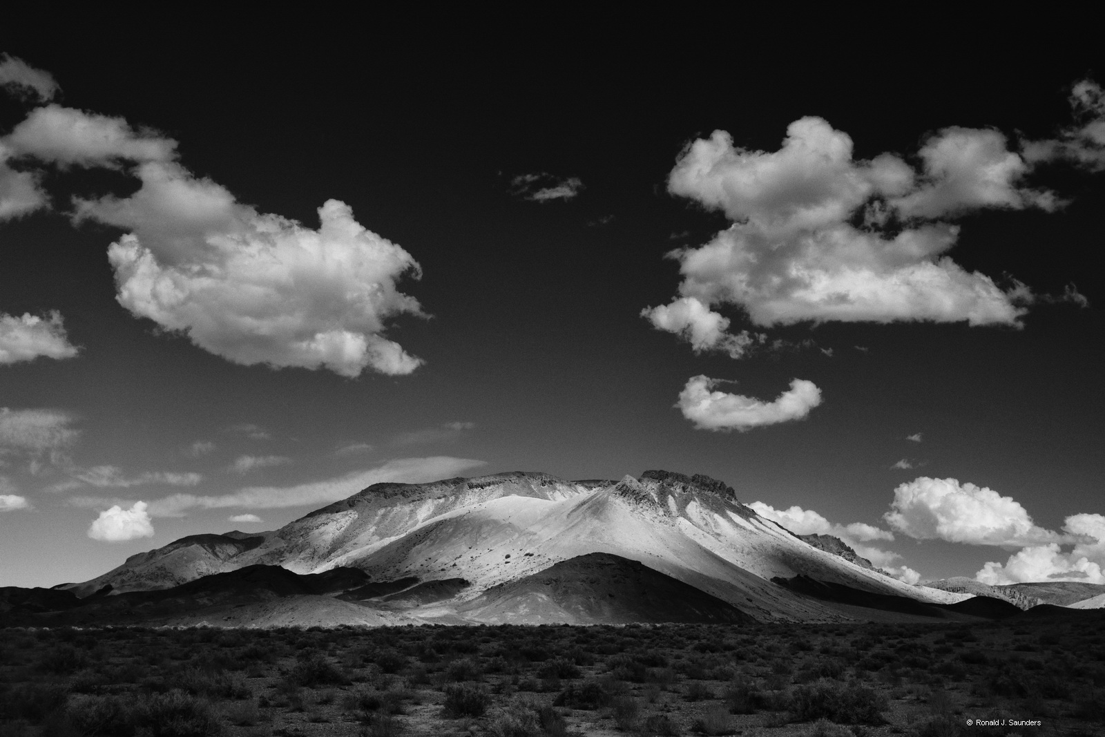 tonapah, spring gap, nevada, clouds, black and white, ronald, saunders, ron,, photo