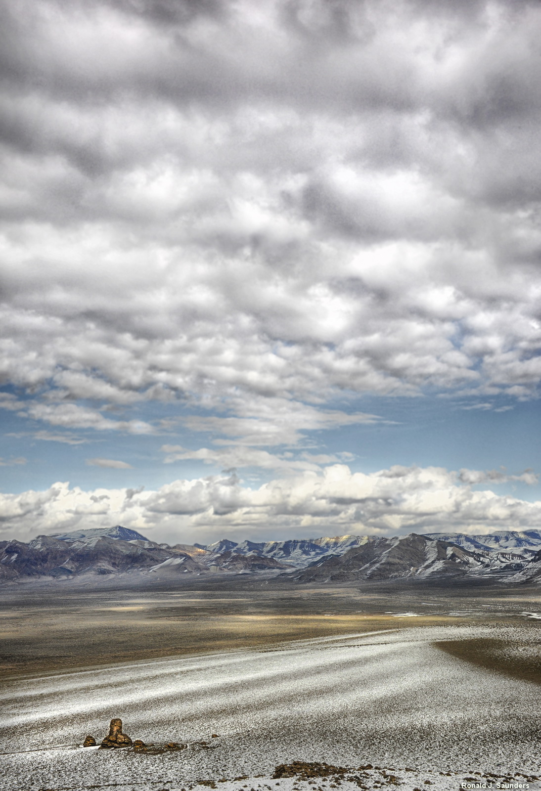 Nevada, Ronald, Saunders, Ron, color, tufa, clouds, mountains, nightingale, lake, dry,  Winnemucca, desert, photography, photo